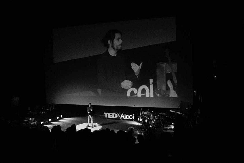 Charla Tedx sexualidad y porno Ismael López Fauste