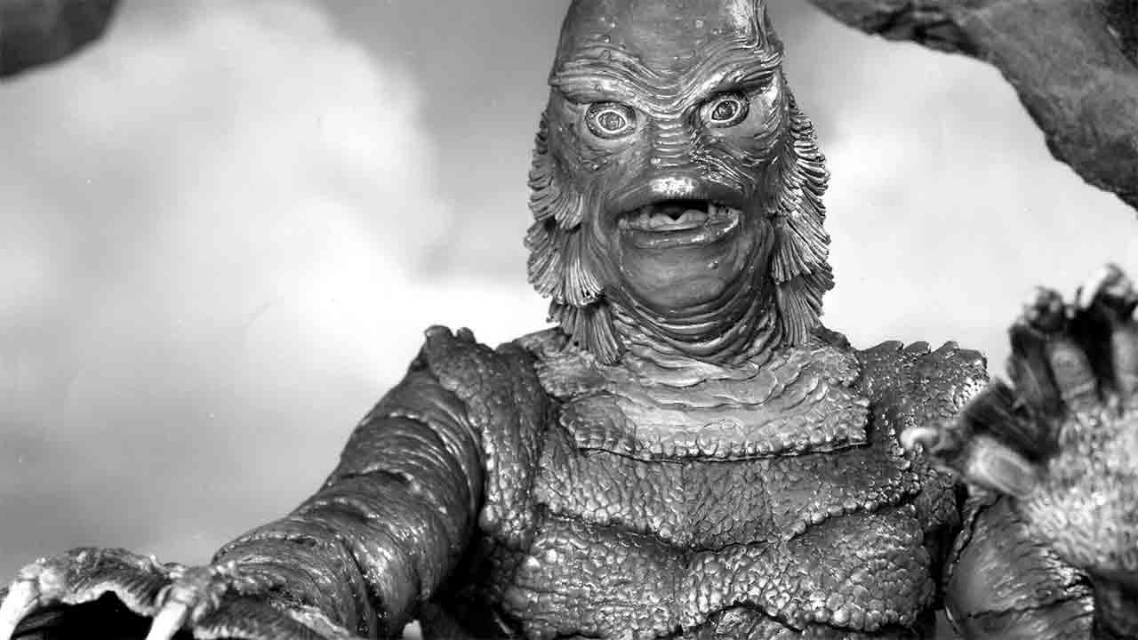 "Fotograma de ""creature from the black lagoon"" cine de terror"