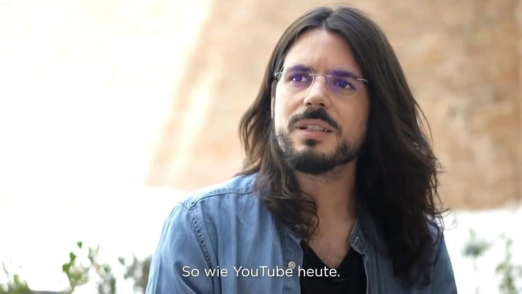 Entrevista sobre la explotación sexual en la industria pornográfica con el periodista Ismael López Fauste